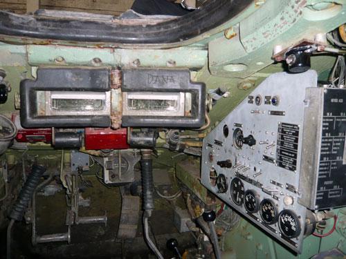 Interiér tanku T55. Žádné polstrování